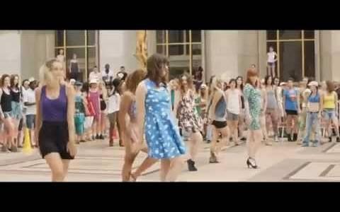 Spódnice w górę! online / Sous les jupes des filles online (2014)   Kinomaniak.pl
