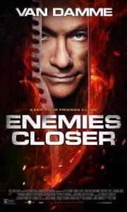 Bliski wróg online / Enemies closer online (2013) | Kinomaniak.pl