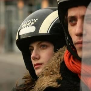 Niebo nad paryżem online / Paris online (2008) | Kinomaniak.pl