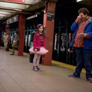 Facet do dziecka/ Sitter, the(2011) - zdjęcia, fotki | Kinomaniak.pl