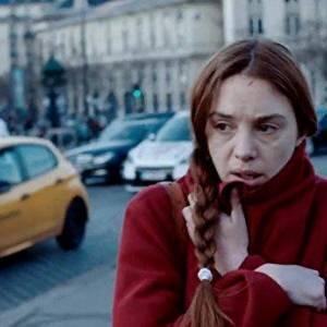 Paryż i dziewczyna/ Jeune femme(2017) - zdjęcia, fotki | Kinomaniak.pl
