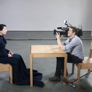 Marina abramovic: the artist is present online (2012) | Kinomaniak.pl